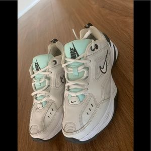 COPY - Nike white and blue sneakers 7.5